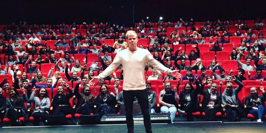 Se Marius Løkens referanser som foredragsholder om Psykisk helse! Jeg har holdt foredrag på mange forskjellige arenaer som jeg er veldig stolt av!